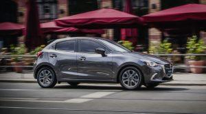 Mazda_2_1800X1000_05
