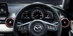 Mazda_2_dash